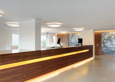 Referenz Finanzinstitut Raiffeisen Bank – Hüppi Schreinerei GmbH ¦ Gommiswald