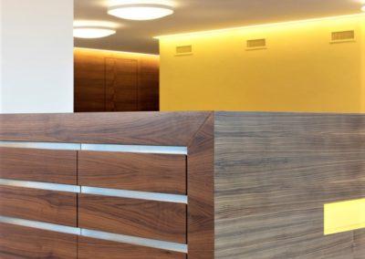 Referenz Raiffeisen Bank Detail a Dokumentenschrank – Hüppi Schreinerei GmbH ¦ Gommiswald