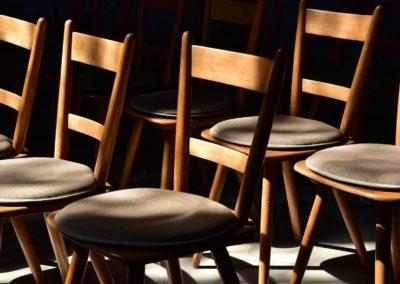 Referenz Stuhl Stühle Holzstuhl Holzstühle 9 - Schreinerei Hüppi GmbH ¦ Gommiswald